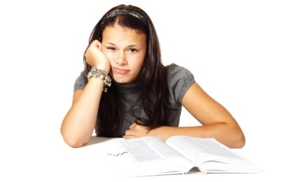 Seminární a bakalářské práce – jak si jejich psaní usnadnit?